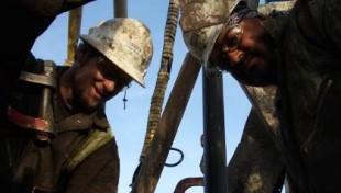 """Dal 24 Dicembre su DMAX: """"Gli eroi del petrolio"""""""