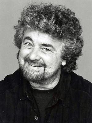 Beppe Grillo: cancellare legge Gasparri e vendere 2 canali Rai
