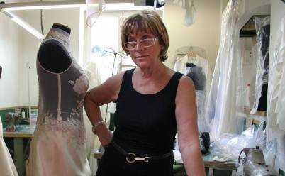 Real Time  dal 27 Gennaio entriamo nell atelier di abiti da sposa più famoso 95c415bce1e
