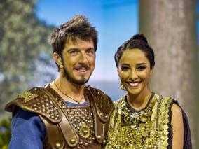 Nicoletta Romanoff e Juliana Moreira guest star nell'Odissea su Italia 1   Digitale terrestre: Dtti.it