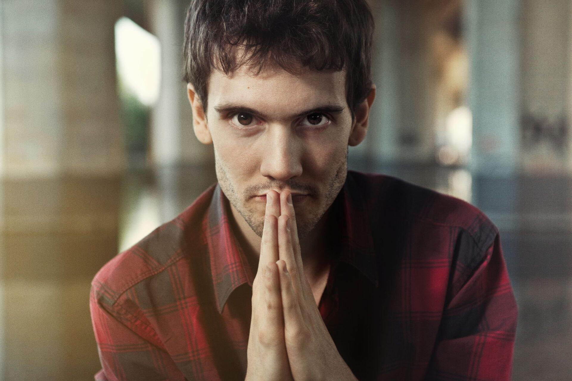 E' Andrea Nardinocchi il nuovo artista del mese MTV New Generation | Digitale terrestre: Dtti.it