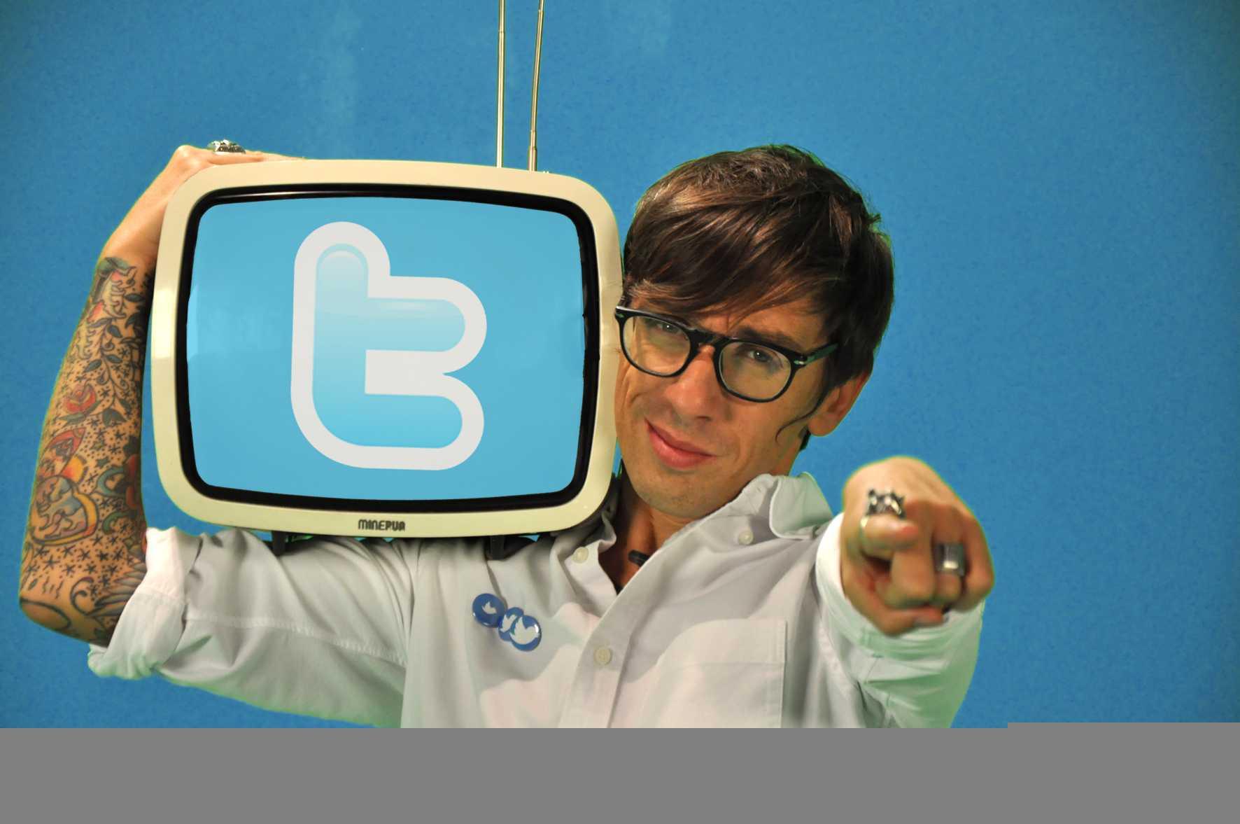 Oggi 18.45 su La3 il primo Twitter Talk Show conduce Pernazza | Digitale terrestre: Dtti.it