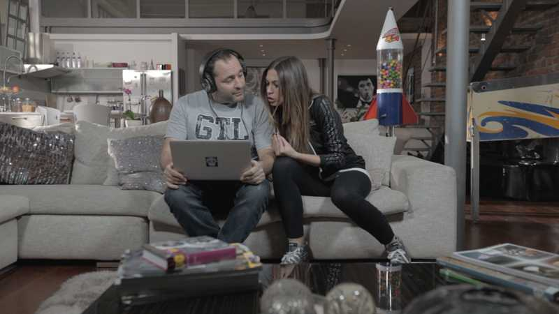 """Amici@Letto: Scintilla de """"I Turbolenti"""" nella casa dei coinquilini Satta - Fantini   Digitale terrestre: Dtti.it"""