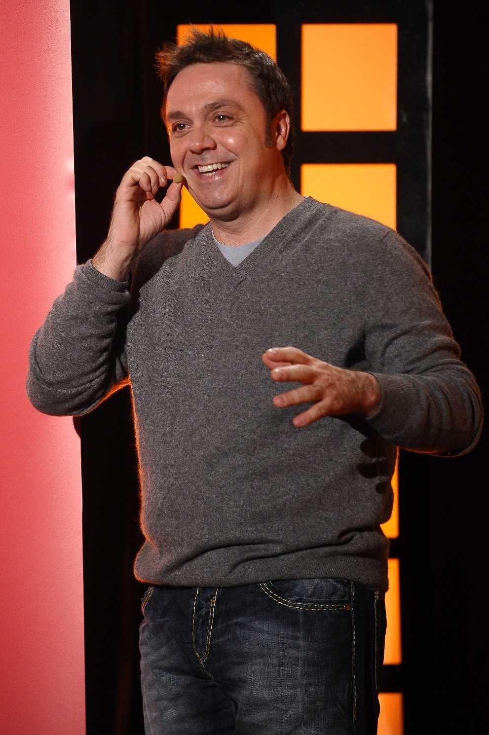 Gabriele Cirilli per il gran finale di Palco doppio palco su Comedy Central | Digitale terrestre: Dtti.it