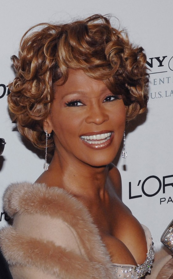 Singer Whitney Houston Dead at 48 in Losa Angeles