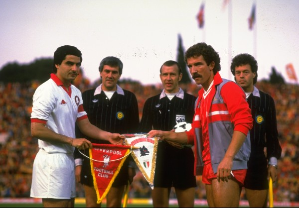 Di Bartolomei Captain of AS Roma and Graham Souness Captain of Liverpool