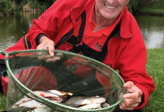 A pesca con Bob Nudd, dal 3 Maggio su Pesca (Sky canale 326)   Digitale terrestre: Dtti.it