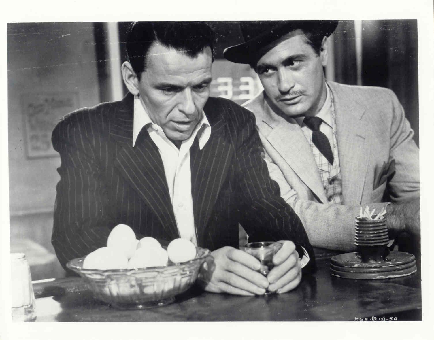 Su Studio Universal omaggio a Frank Sinatra | Digitale terrestre: Dtti.it