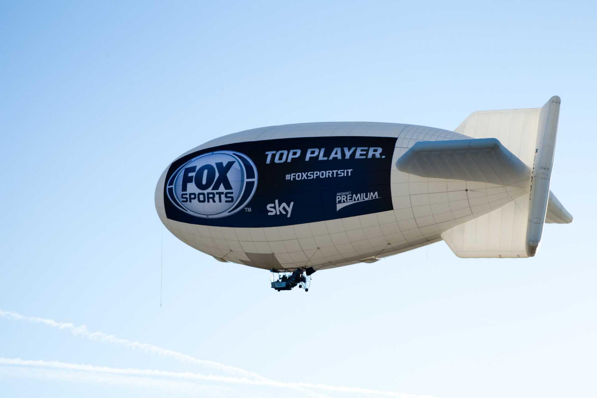 Il dirigibile di Fox Sports sorvola le coste Italiane   Digitale terrestre: Dtti.it