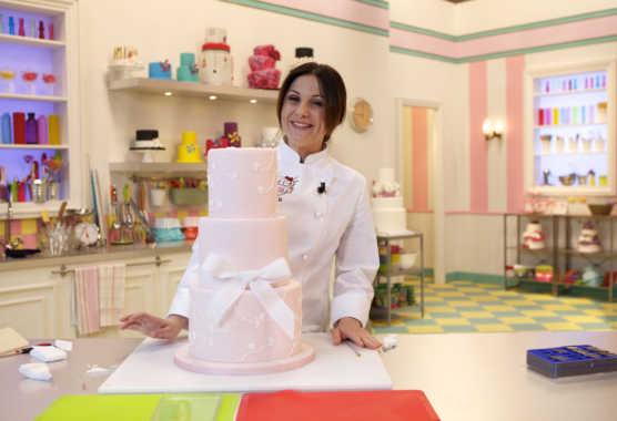 """La5: Torna """"Torte d'autore"""" con la cake designer Paola Azzolina   Digitale terrestre: Dtti.it"""