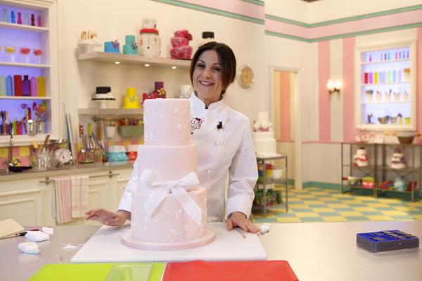 """La5: Torna """"Torte d'autore"""" con la cake designer Paola Azzolina"""