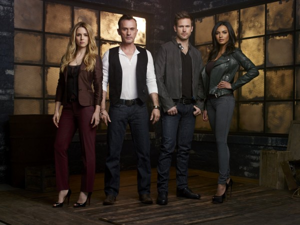 ALONA TAL (KELLY COLLINS), ROBERT KNEPPER (BILLY GRIMM), MATT DAVIS (JEFF SEFTON) E JESSICA LUCAS (SKYE YARROW