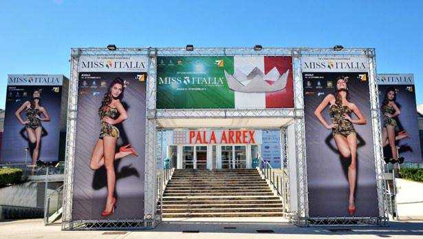 Miss Italia 2013, la 53° edizione in onda da Jesolo domenica su La7  | Digitale terrestre: Dtti.it