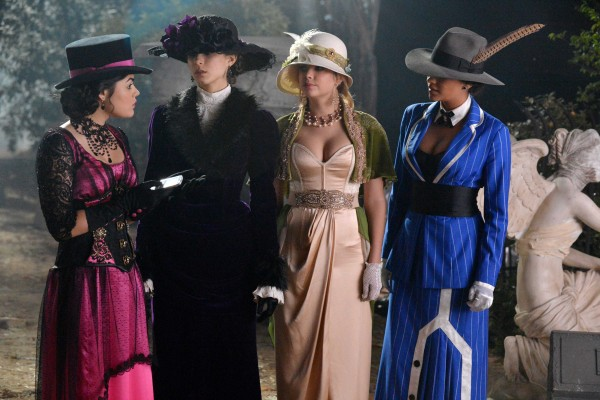 Pretty Little Liars: la quarta stagione in prima tv su Mya