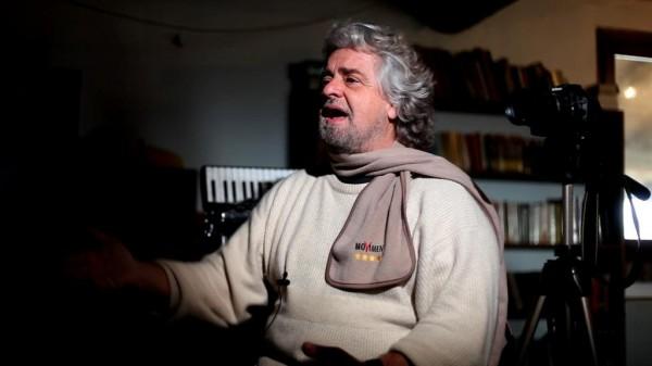 laeffe_Grillo Tsunami Tour - Un comico vi seppellirà - Copia