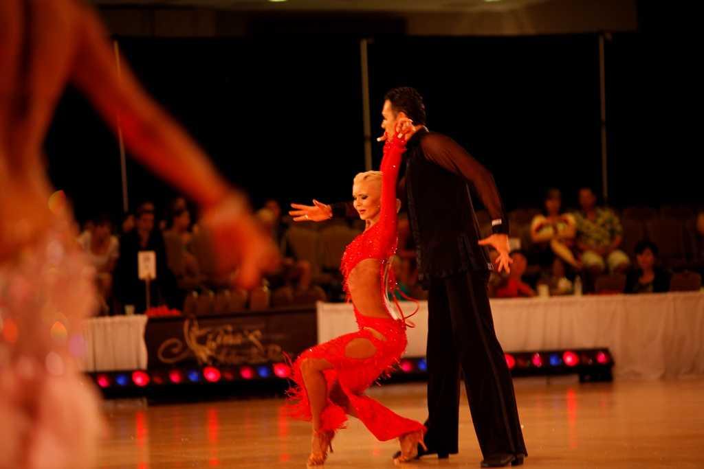 Pazzi per il ballo: dal 2 Agosto su Real Time   Digitale terrestre: Dtti.it