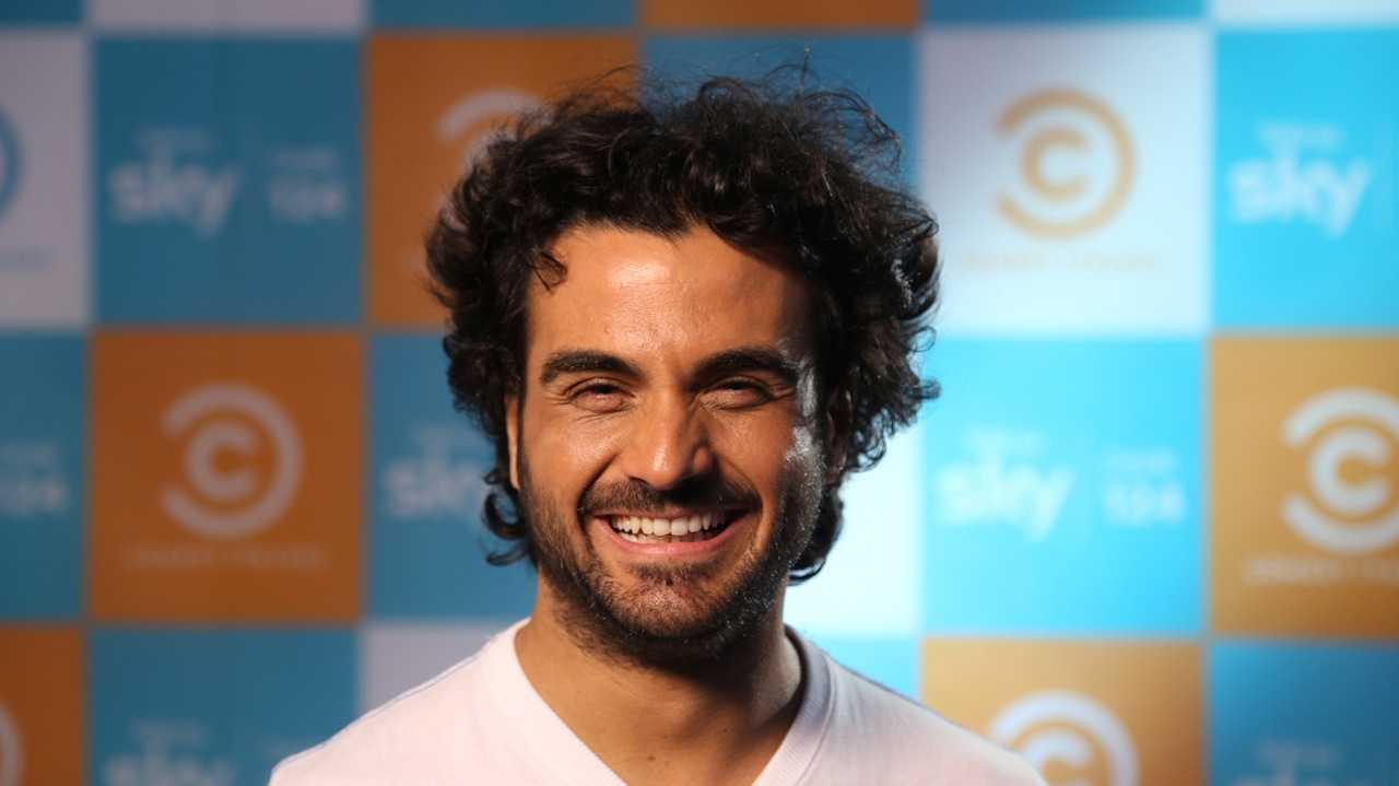 """Marco """"Baz"""" Bazzoni e il suo spettacolo """"Revolution"""" arriva su Comedy Central   Digitale terrestre: Dtti.it"""