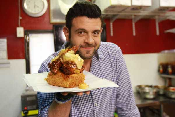 "Su Fine Living Adam Richman presenta ""Man Finds Food"", da Lunedì in prima tv 