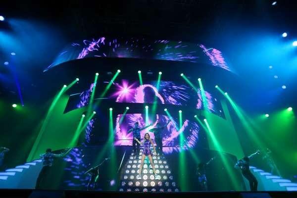 Su Sky Primafila: Violetta Live - International Tour 2015