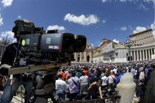 La Santa Messa di Pasqua in 3 dimensioni su Sky 3D | Digitale terrestre: Dtti.it