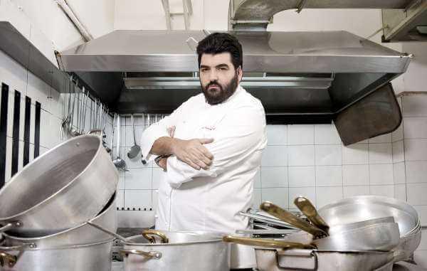 Antonino Cannavacciuolo torna su FoxLife con la terza stagione di Cucine da Incubo | Digitale terrestre: Dtti.it