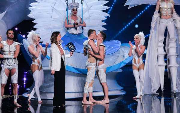 "Una proposta di matrimonio gay sul palco di ""Italia's Got Talent"" nella puntata di ieri 
