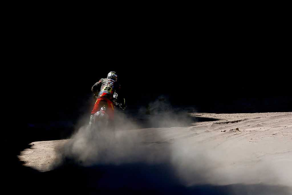 compete on day 12 / stage eleven between La Rioja to San Juan during the 2016 Dakar Rally on January 14, 2016 near San Juan, Argentina.