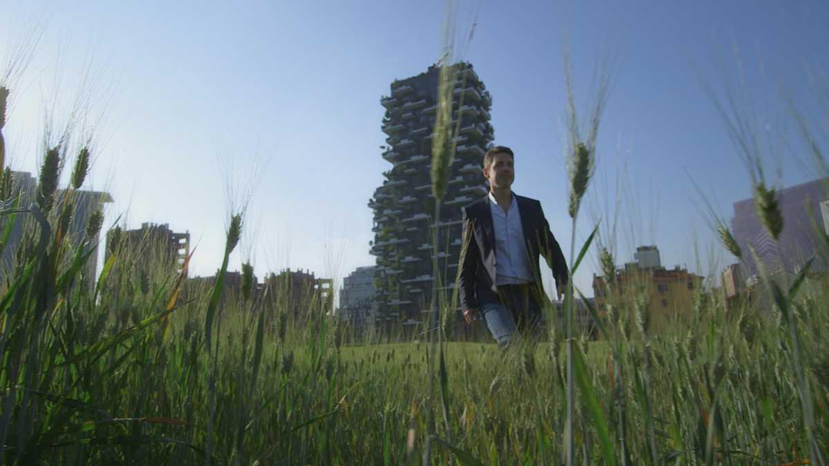 Dimmi dove vivi: le case più ingegnose nei luoghi più impensabili a partire dal Bosco Verticale di Milano su laeffe