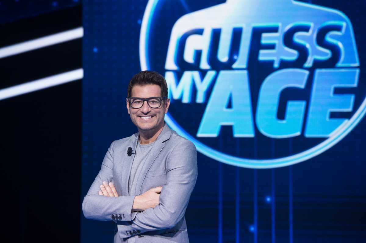 "Enrico Papi presenta ""Guess my Age – Indovina l'età"" su TV8"