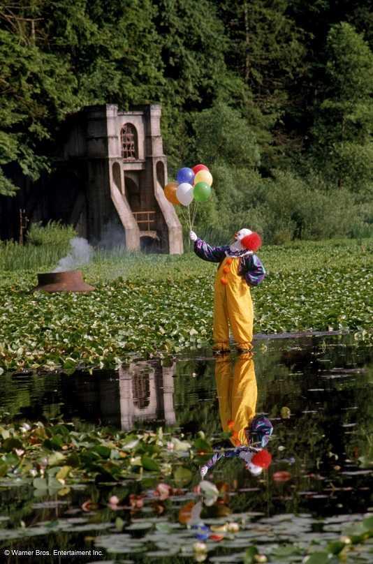 In attesa dell'uscita del film al cinema, Paramount Channel ripropone la mini-serie horror IT