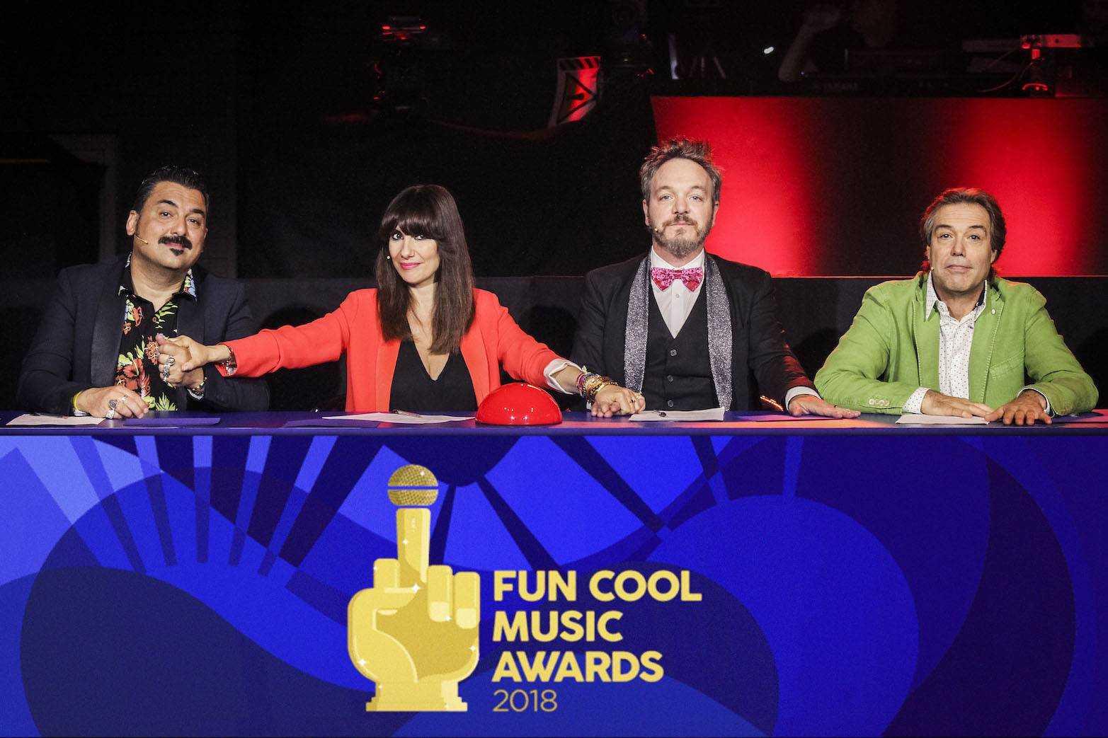 FUN COOL MUSIC AWARD - presenta Marco Maccarini, Giuria: ROY PACI, PAOLA MAUGERI, CORRADO NUZZO, CESAREO