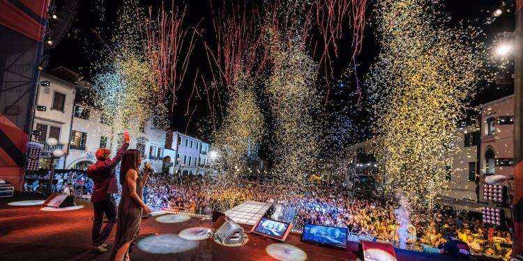 Festival Show: secondo appuntamento su Real Time con Alessio Bernabei, Fred De Palma, Einar, Elodie, Irama, Le Vibrazioni, Fabrizio Moro