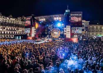 "Jovanotti a Radio Italia Live speciale ""Mai stato single"""