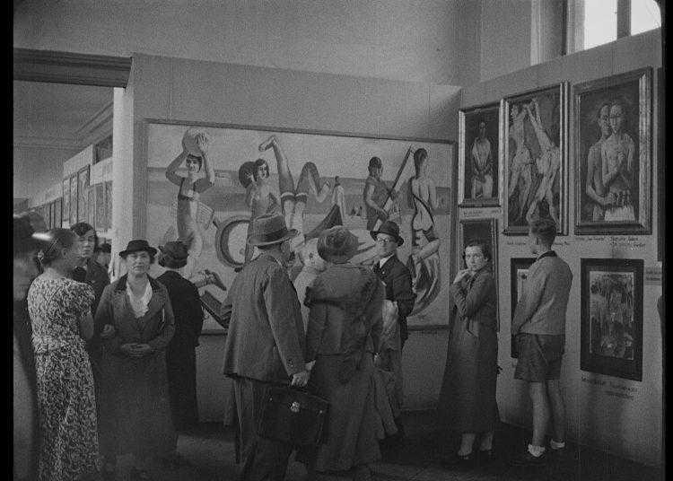 """Focus: prima visione del docufilm-evento """"Hitler contro Picasso e gli altri"""" con Toni Servillo"""