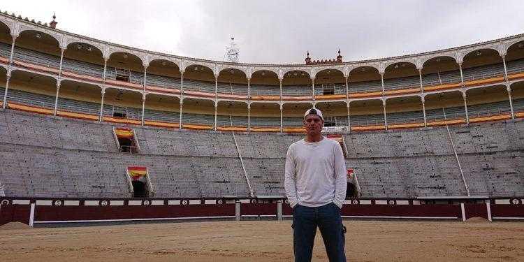 Il naturalista spagnolo Frank Cuesta accende il dibattito sulla corrida nella serie Wild Frank: Spagna