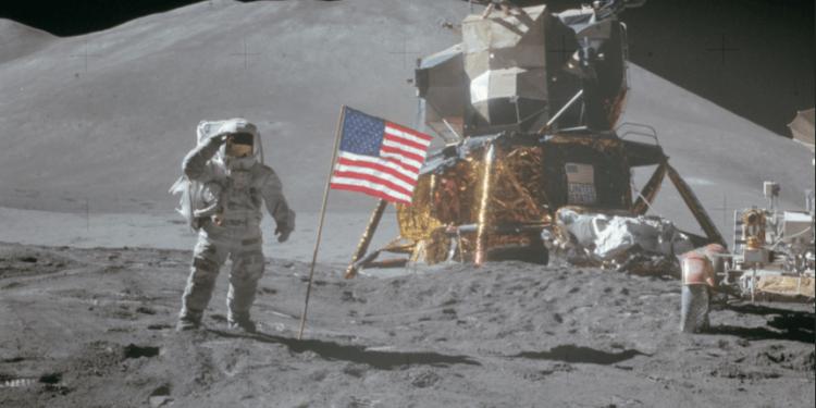"""In occasione del 50° anniversario del primo passo umano sulla luna National Geographic propone """"Apollo: missione Luna"""""""