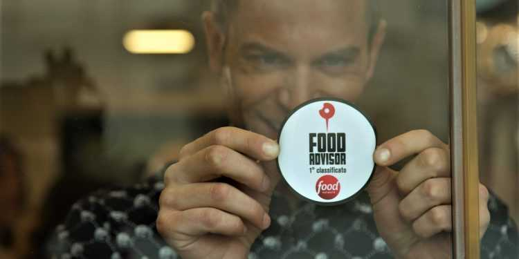 Simone Rugiati torna su Food network con i nuovi episodi di Food Advisor
