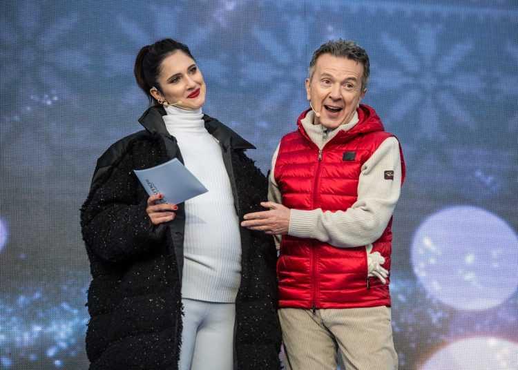 """Il concerto """"Up! Xmas - Disco di Natale"""" da Pila in Valle d'Aosta su TV8"""