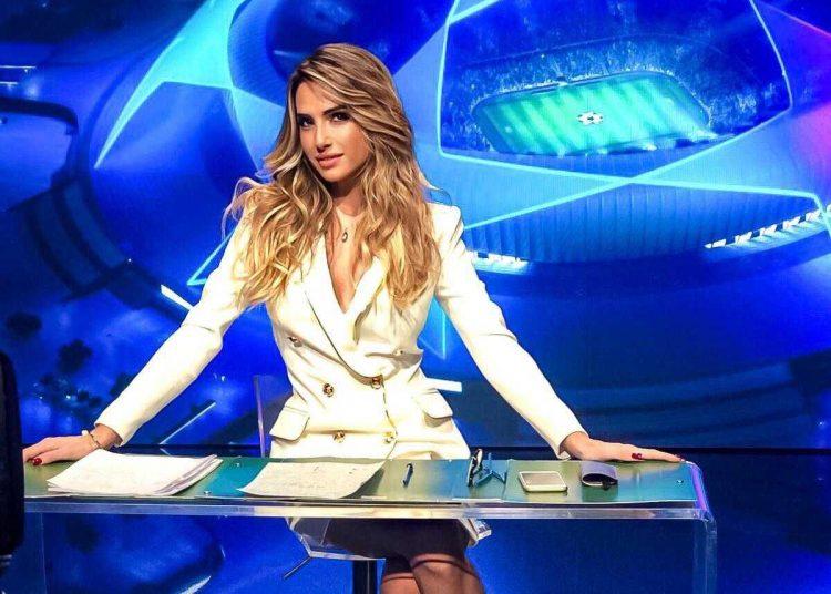 """Giorgia Rossi conduce """"Pressing serie A"""" su Retequattro"""