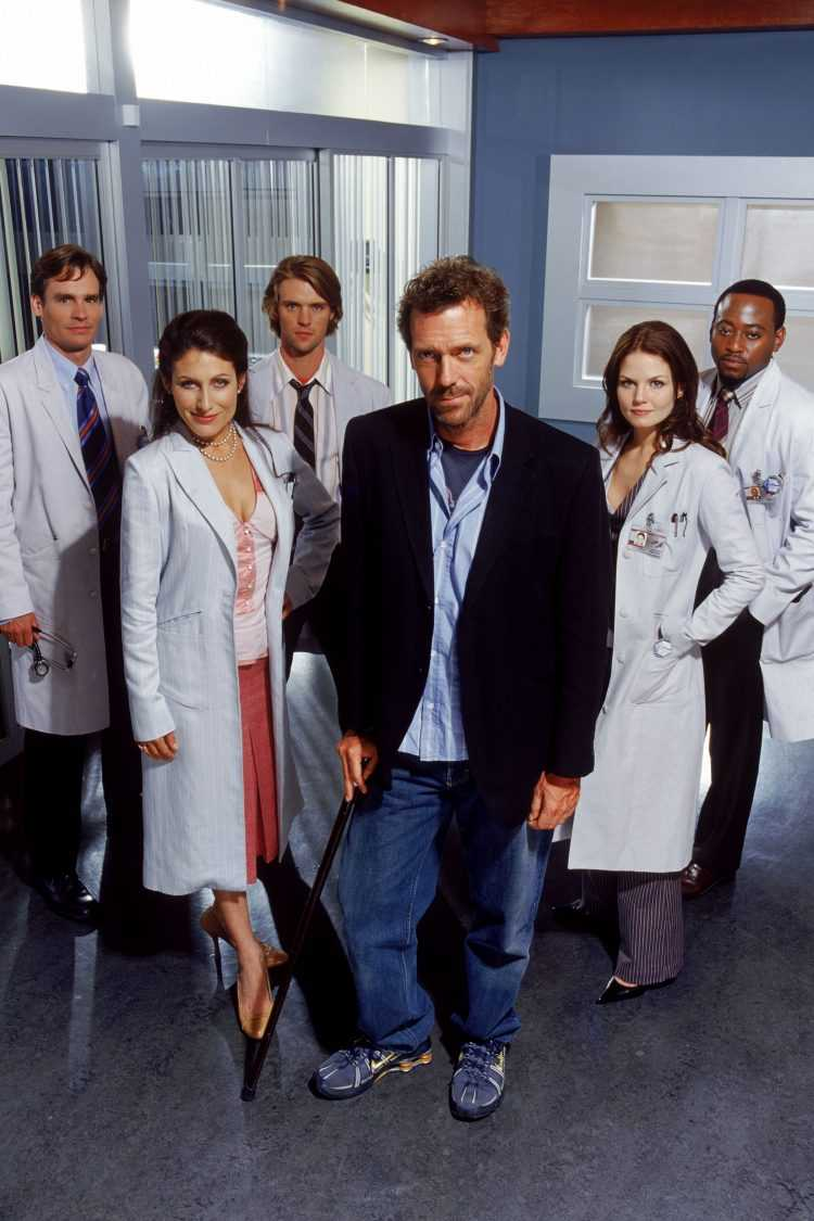 Tuesdays on FOX (9-10 p.m. ET) HOUSE -- NBC Universal Television Studio -- Gallery -- Pictured: (l-r) Robert Sean Leonard as Dr. Jack Wilson, Lisa Edelstein as Dr. Lisa Cuddy, Jesse Spencer as Dr. Robert Chase, Hugh Laurie as Dr. Greg House, Jennifer Morrison as Dr. Allison Cameron, Omar Epps as Dr. Eric Foreman -- NBC Universal photo: Nigel Parry