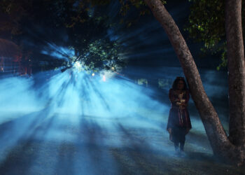 """Shanti (Belissa Escobedo) in a scene from the """"Rubber (Wo)man: Part Two"""" episode of AMERICAN HORROR STORIES."""